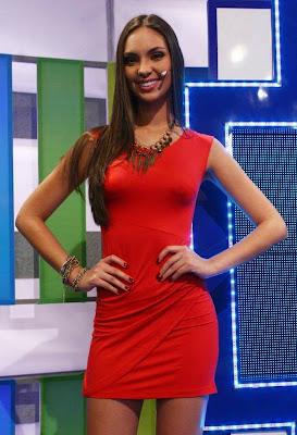 sexy miss peru 2011 novia de paolo guerrero en vestido rojo