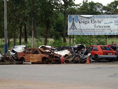 Acidcentes na BR-153 em Goiás - Um Asno