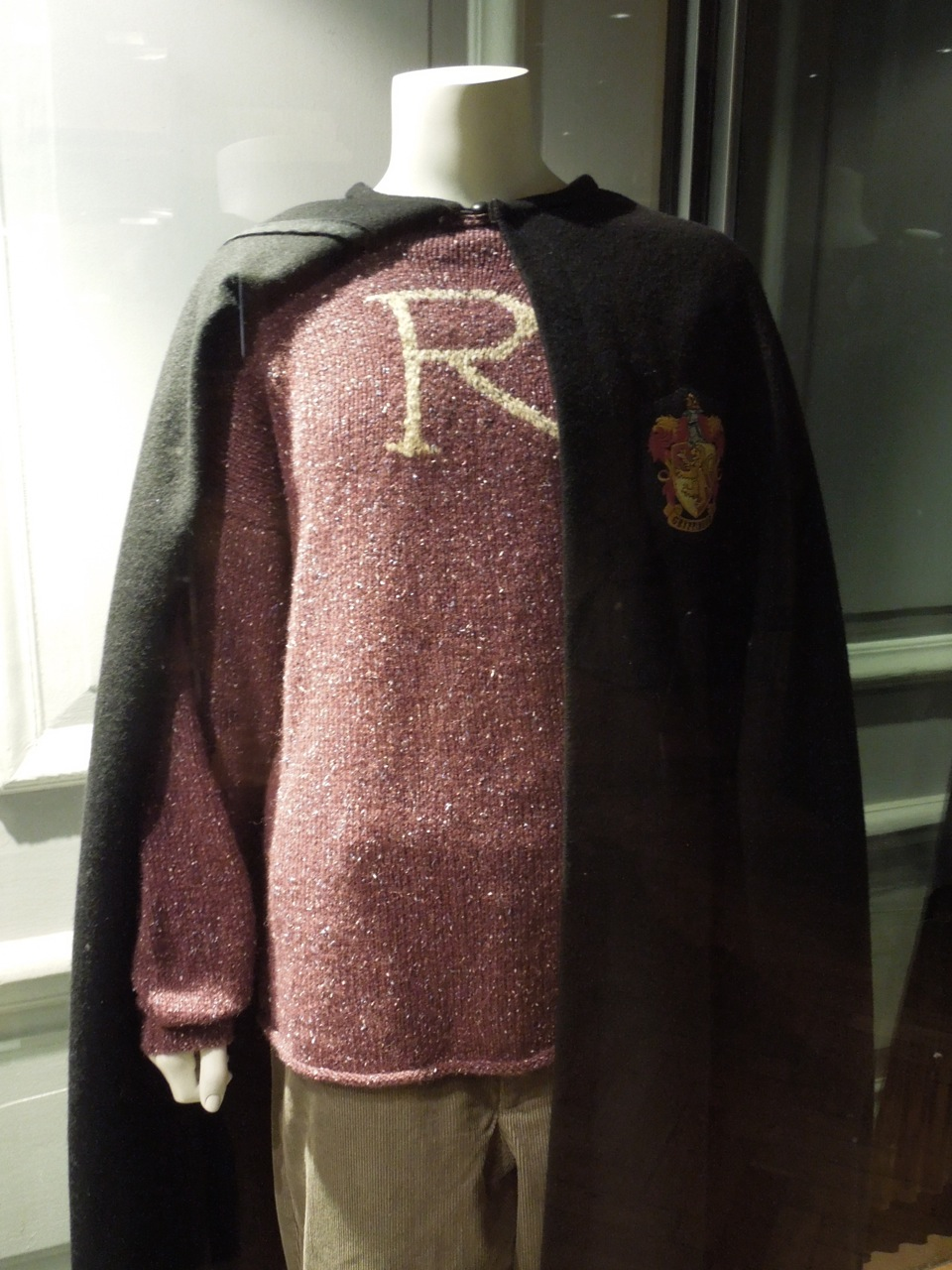 Harry Potter and Ron Weasley movie costumes on display ...