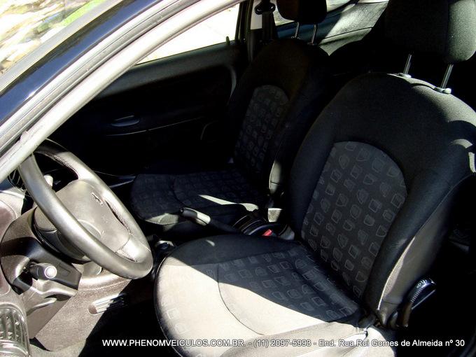 Peugeot 206 2004 1.4 Presence - interior