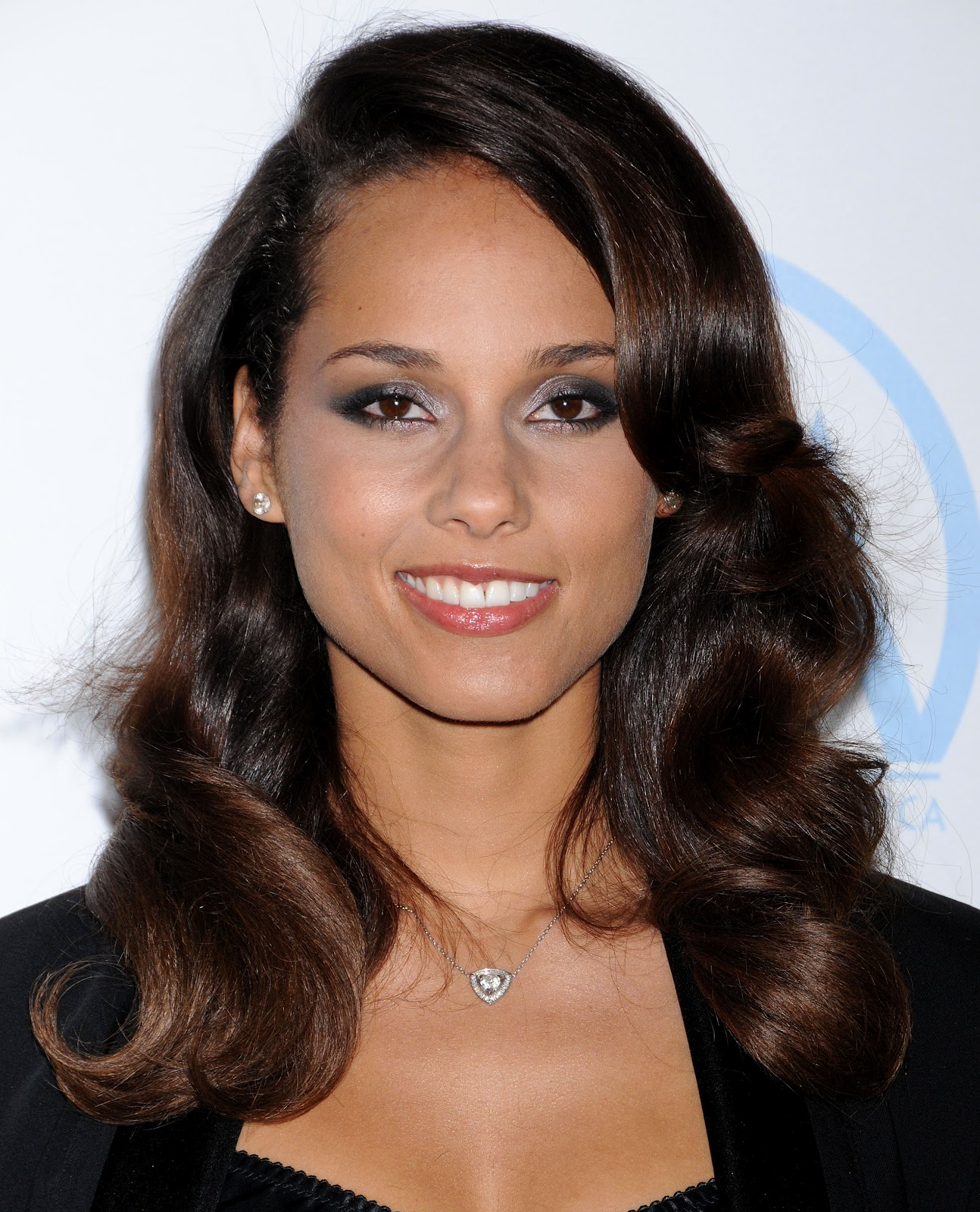 Hollywood Stars Alicia Keys Profile Pictures Images And