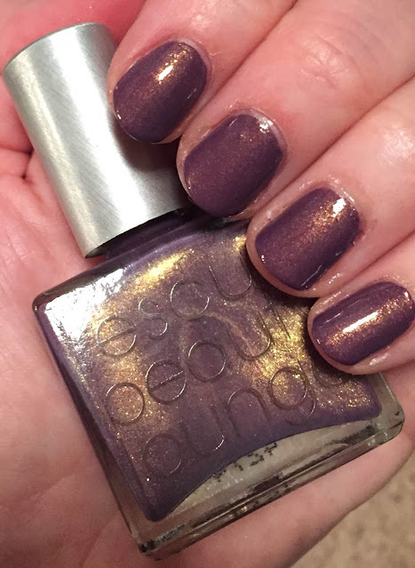 Rescue Beauty Lounge, R29 + Rescue Beauty Lounge Pretty Gritty nail polish, Refinery29, nails, nail polish, nail lacquer, nail varnish, manicure, #ManiMonday, Mani Monday
