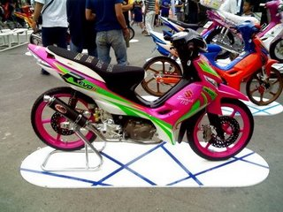 Photo Modifikasi Motor Revo