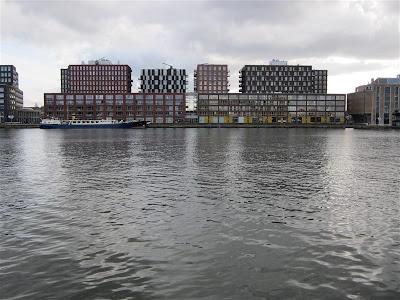 Veembroederhof desde Isla de Java (Amsterdam)