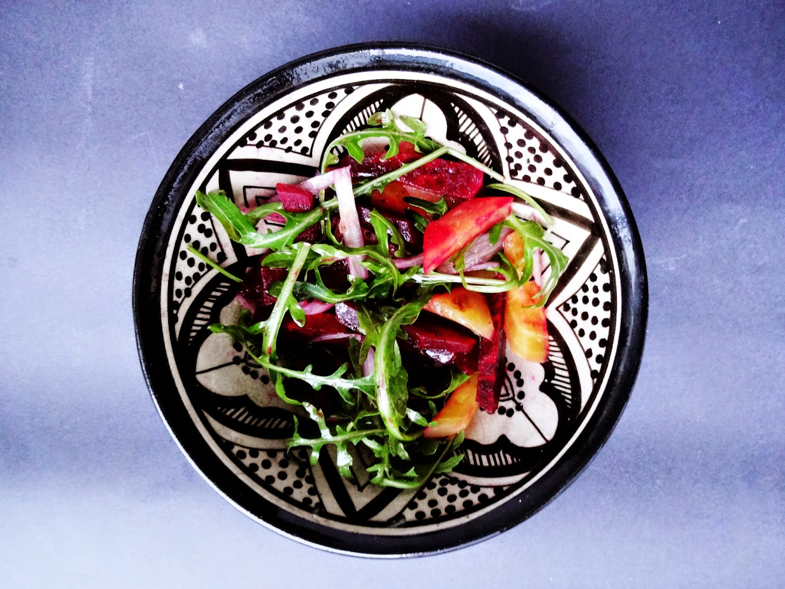 basteln malen kuchen backen roter und gelber randen rote beete als salat und carpaccio. Black Bedroom Furniture Sets. Home Design Ideas