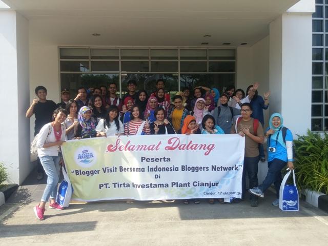 blogger visit pabrik aqua di cianjur
