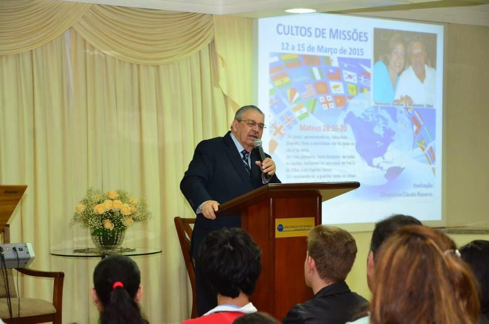 Domingo: Culto sobre Missões