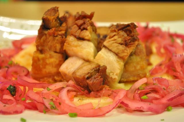Comedor+Islington+Upper+Street+review+crispy+pork+belly+chicharron+con+apera