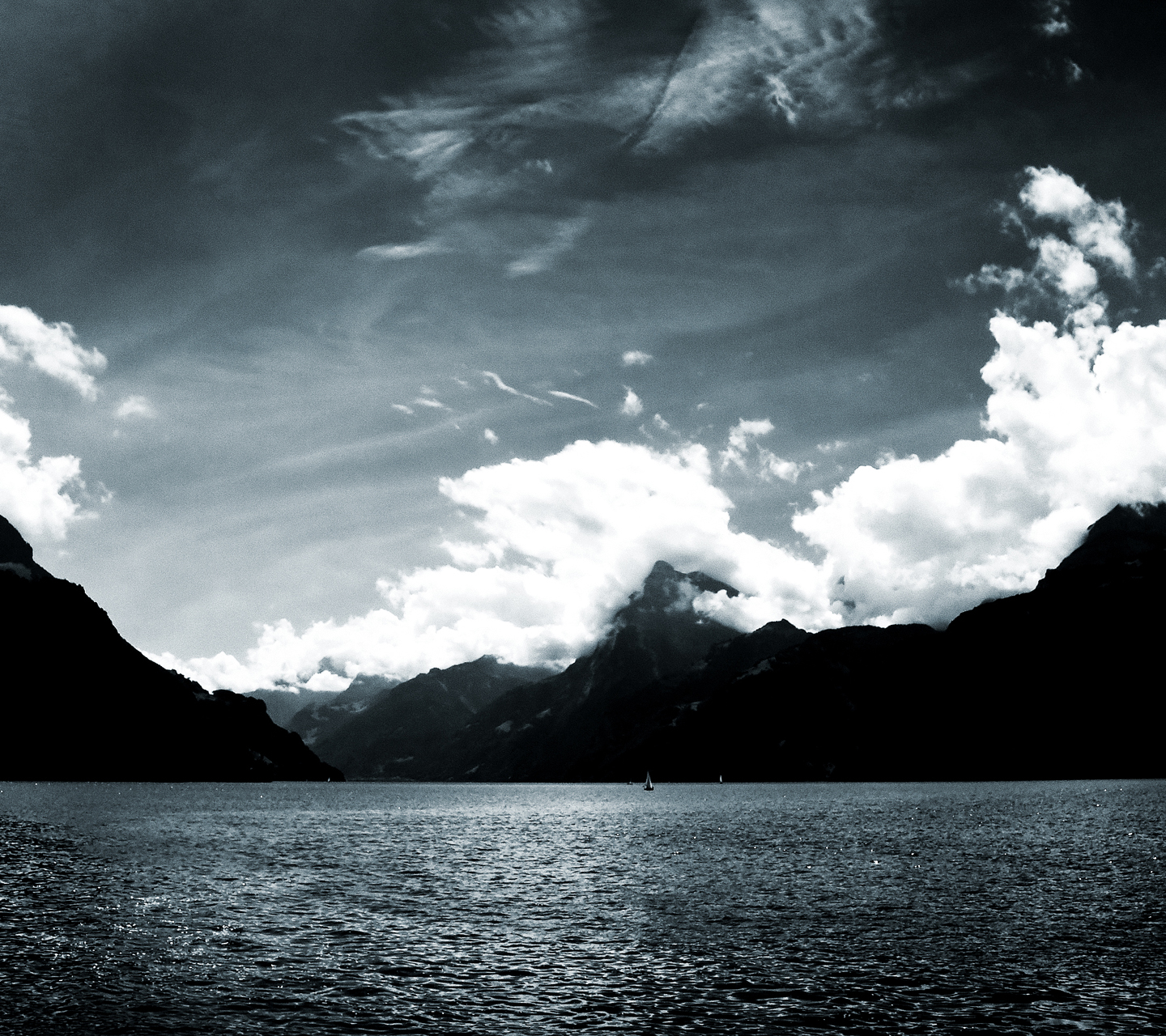 galaxy s3 wallpaper - black and white lake - hd wallpapers