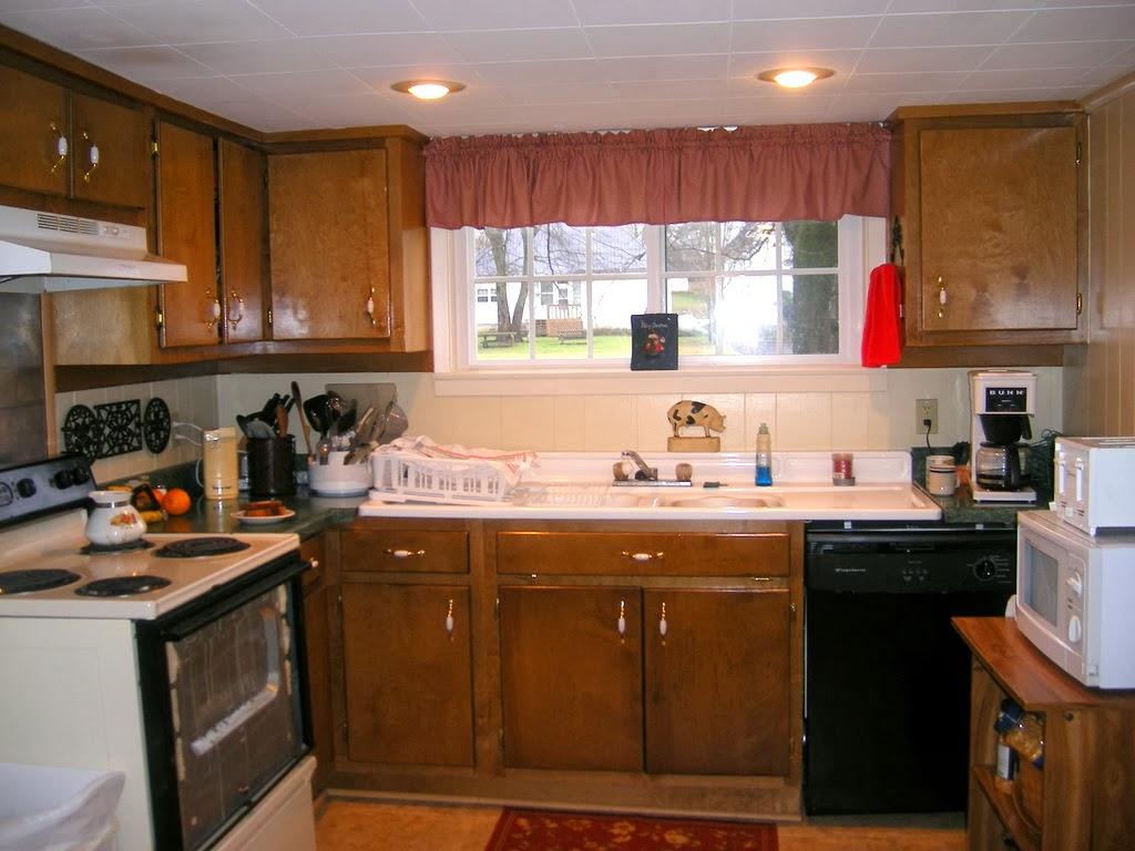 Keeping It Cozy: Our Farmhouse Kitchen on
