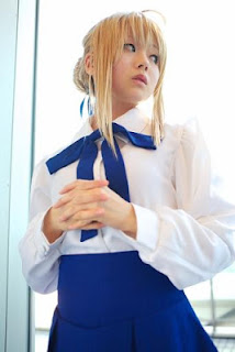 Fate/Stay Night Saber Cosplay by Kanata