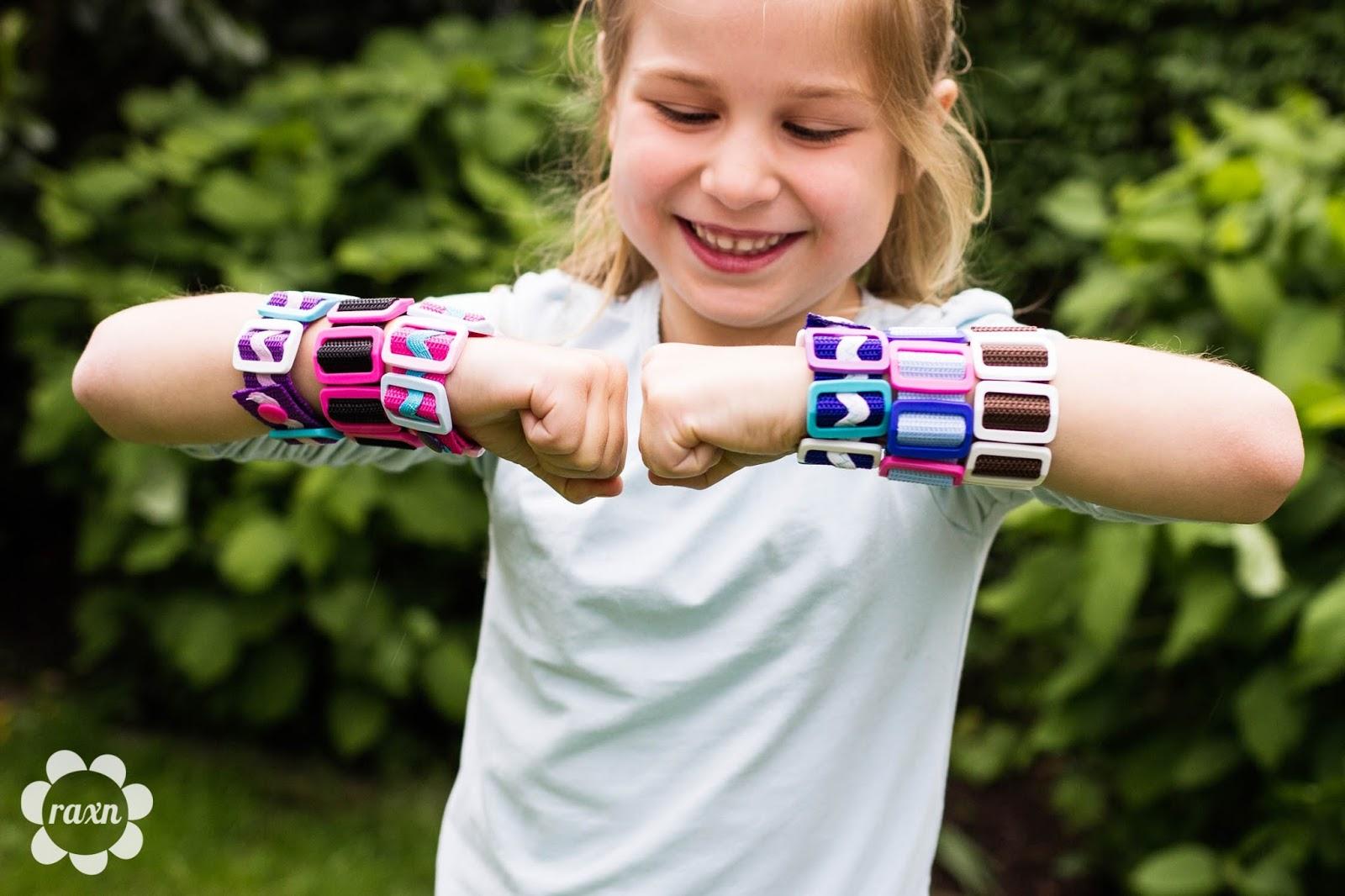 raxn armbandschmuck f r kinder kreatives gestalten mit kindern an der n hmaschine meine diy. Black Bedroom Furniture Sets. Home Design Ideas