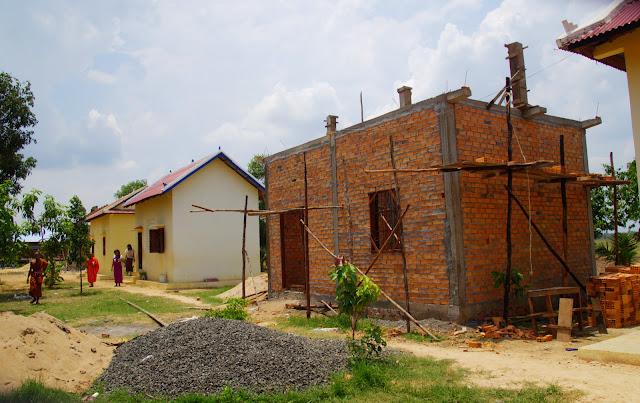 Améliorer les conditions d'hébergement est une priorité de l'association ''Fondation pour l'Education des Communautés''. Photo Christophe Gargiulo - CGF Foundation