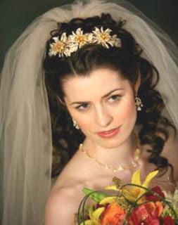bridal tiara hairstyles long hair