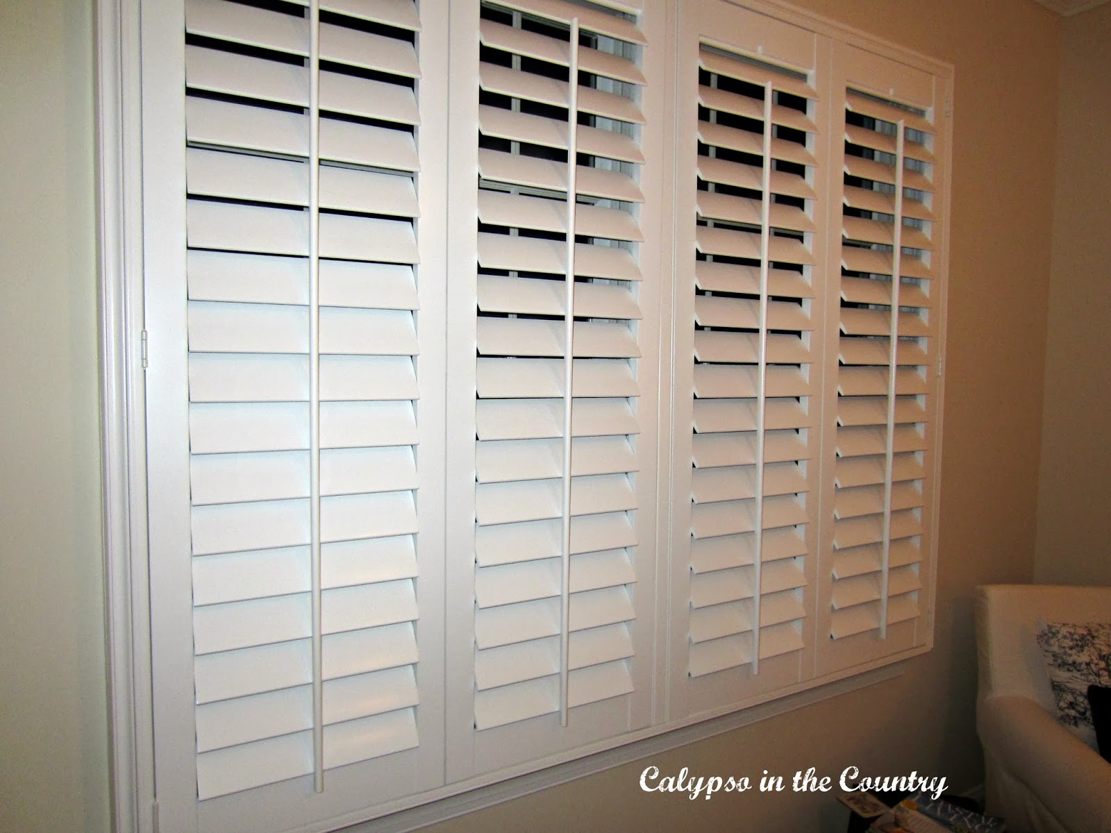 New plantation shutters calypso in the country for Country shutters