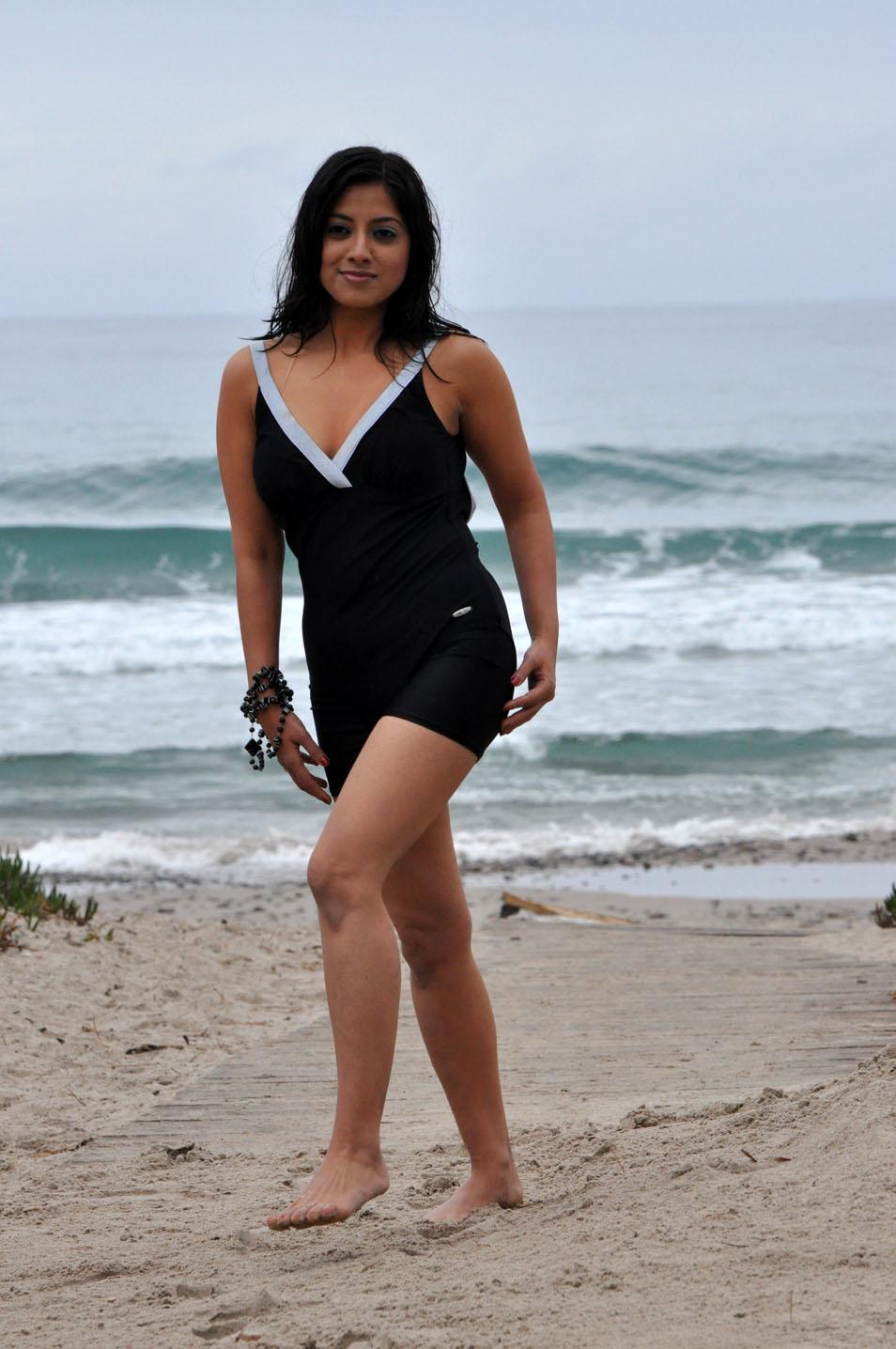 stylish hot Keerthi chawla sexy bikini stills on beach side