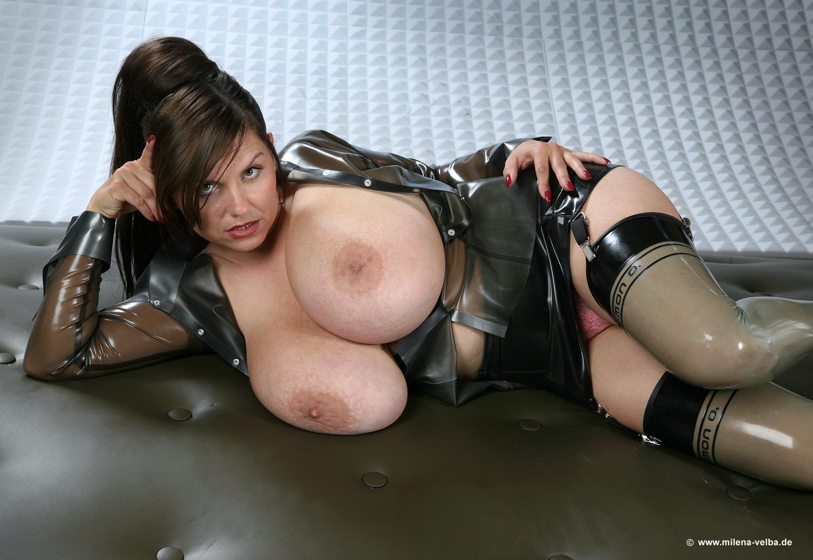 Фото сисек в германии, Голые немки. Секс и порно с немецкими девушками 2 фотография