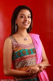 Radhika-Hot-Malayalam-Actress-8