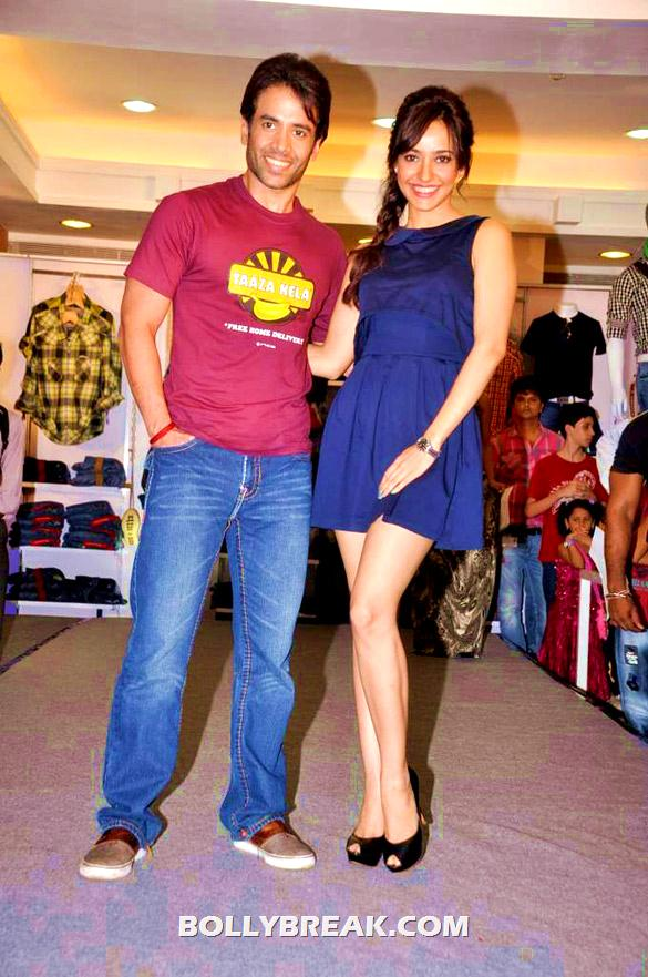 Neha Sharma blue dress kya super kool hain hum promotion