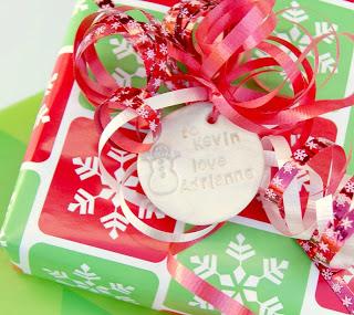 Etiquetas e tags de biscuit e porcelana fria