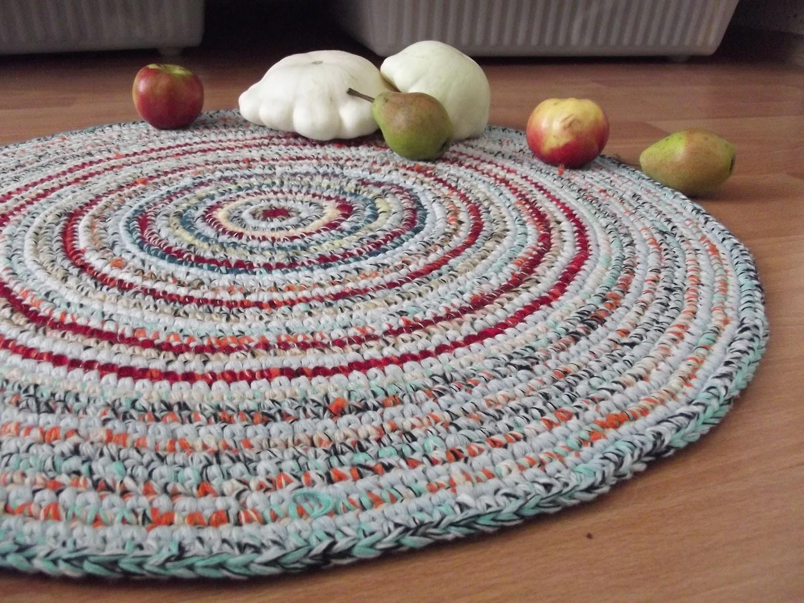 Вязание крючком ковриков для пола фото