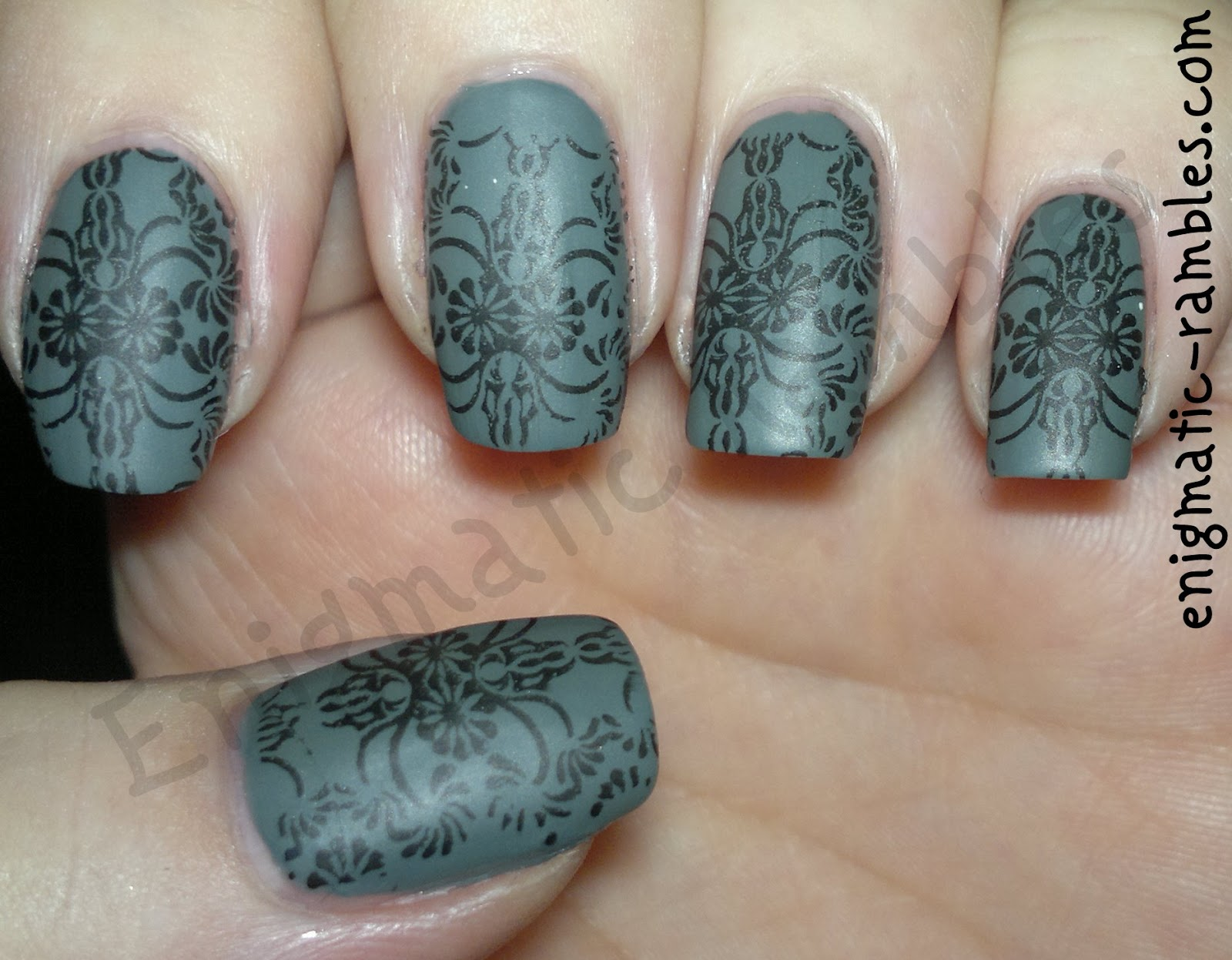 stamped-stamping-nails-nail-art-grey-matte-flocked-ciate-vintage-elf-black-george-matte-top-coat-bundle-monster-312-BM312