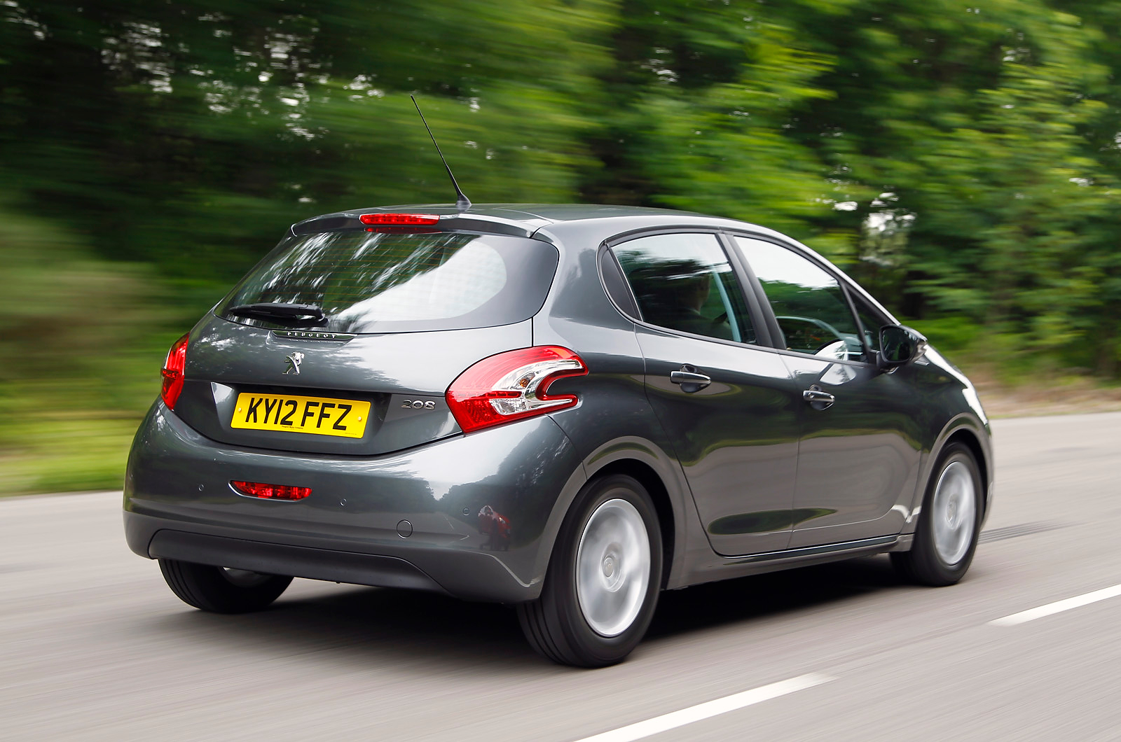 2013 peugeot 208 review car information news reviews videos photos advices and more. Black Bedroom Furniture Sets. Home Design Ideas