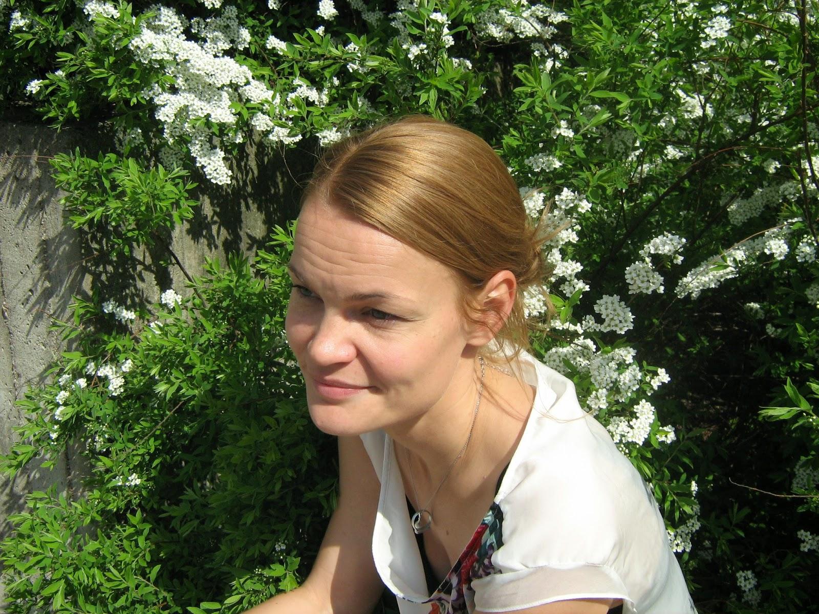 Teatterikrpsen Puraisuja Haastattelussa Niina Sillanp