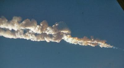 Estela meteorito Chelyabinsk