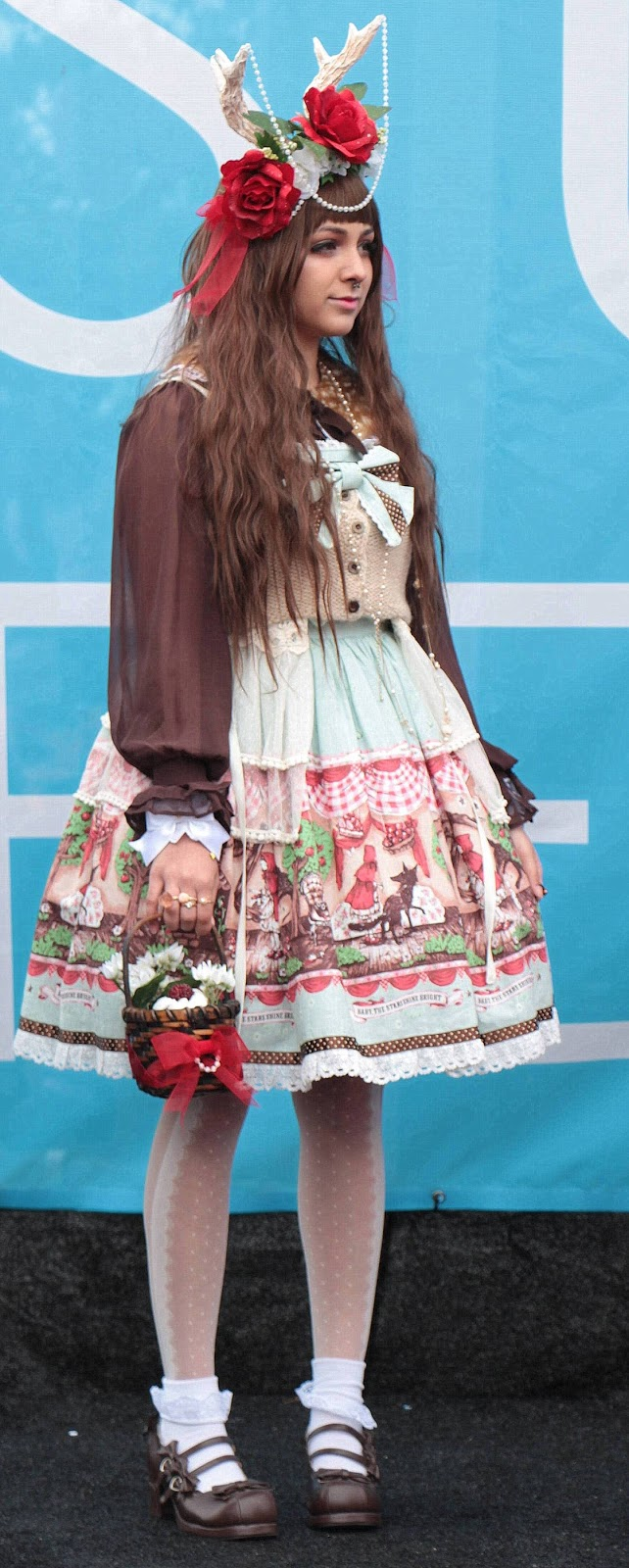 j pop summit, baby the stars shine bright, deer headband, lolita fashion, harajuku, japanese
