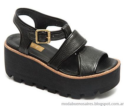 Traza verano 2015 sandalias.