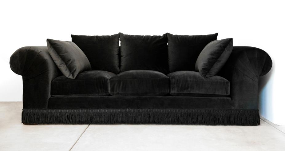 Rosa Beltran Design OPULENT DECOR AND A STUNNING BLACK VELVET