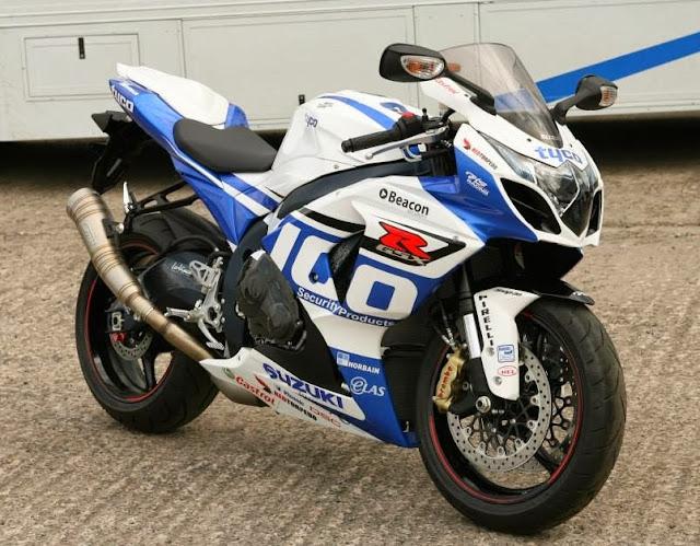 Les coloris du 2009 à aujourd'hui Suzuki+gsxr+1000+tyco+replica+2014+l4+uk+guy+martin+iomtt+bsb+superbike