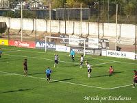 El árbitro marcó penal para Defe, en el rebote Montenegro marcó el primero de la visita