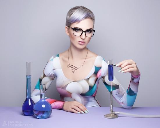 Aroha Silhouettes, Designer Drugs, necklace, molecule, drugs, nicotine, THC, tetrahydrocannabinol, cannabis, stainless steel, silver, gunmetal, black, supermolecules, laboratory