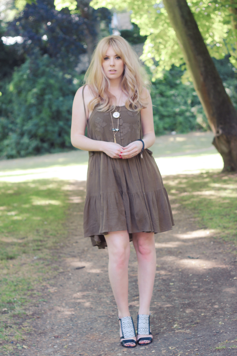 The Goodowl UK Fashion Blogger