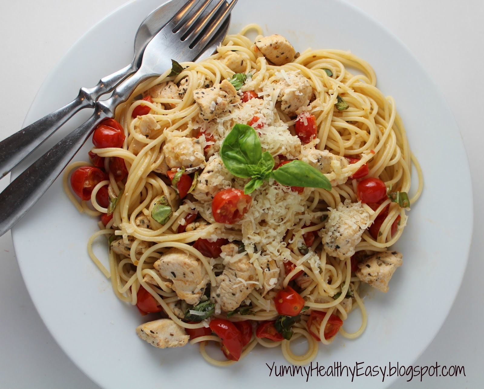 Healthy & Light Spaghetti with Sauteed Chicken and Grape ...