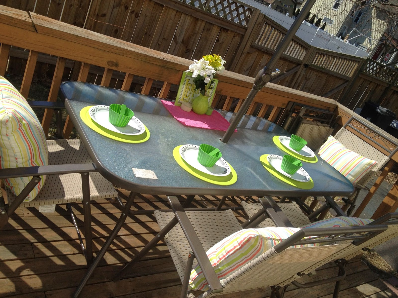 deck spring table setting