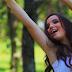 Larissa Manoela desabafa após falsa foto nua cair na internet: 'Absurdo'