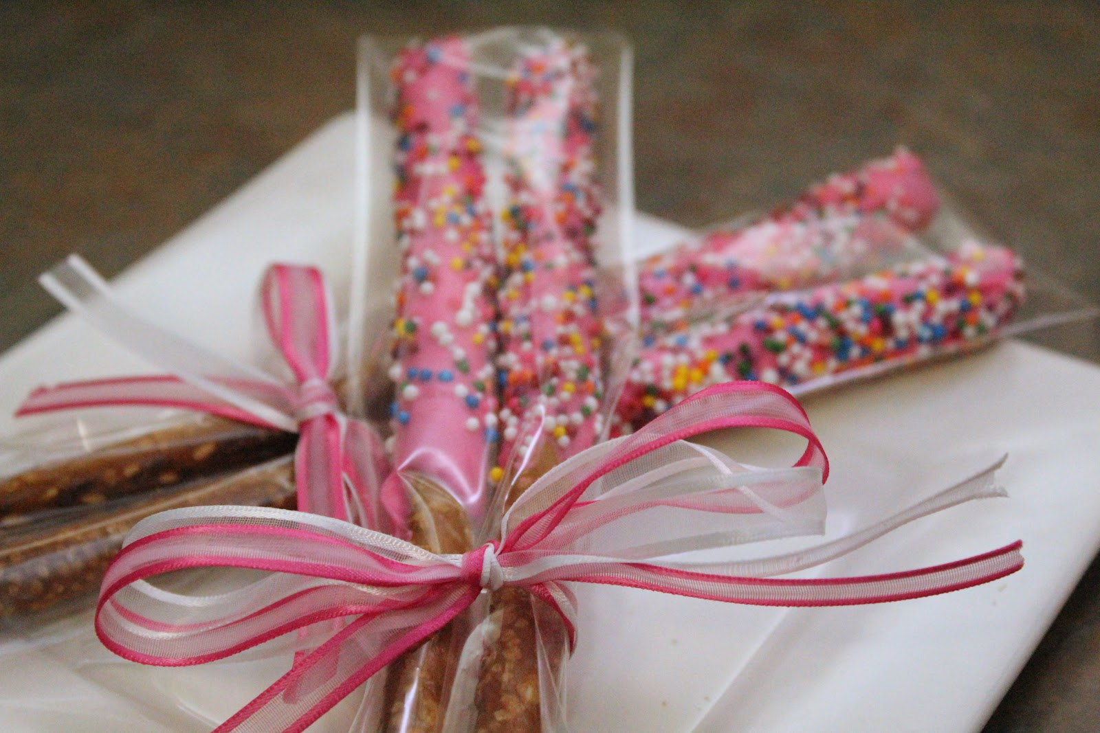 Turtles and Tails: Chocolate-Covered Pretzels: Redux
