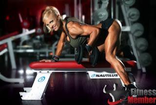 fitness γυναίκες και βάρη