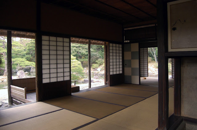 en común de esta casa con la arquitectura tradicional japonesa