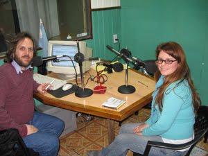 HISTORIAS Y CANCIONES los miércoles a las 21 hs. por Radio El Talar, FM 102,1