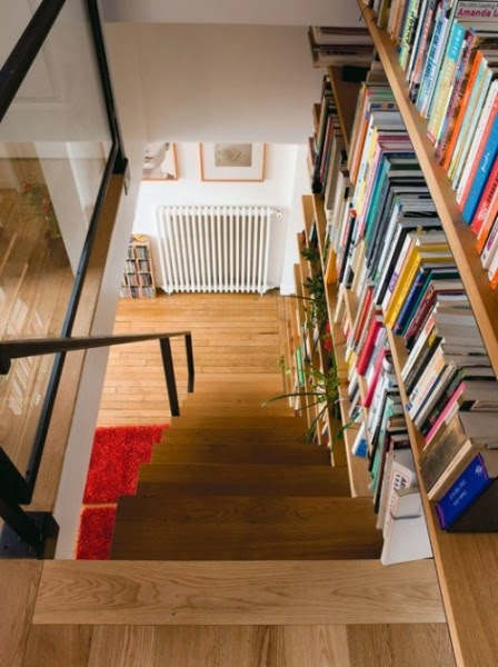 Stairs integrated into the library