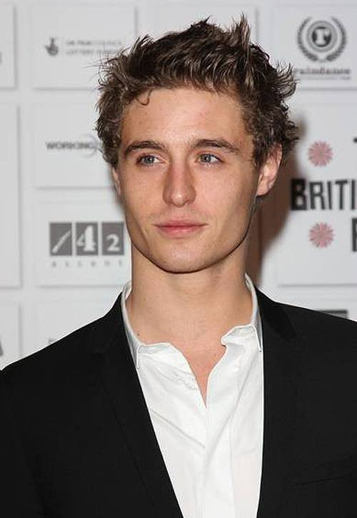 Max Irons | Shirtless