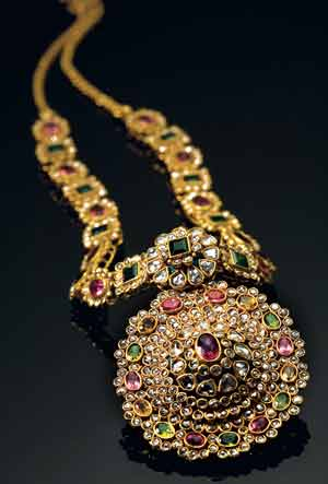 gold and diamond jewellery designs tanishq jewellery