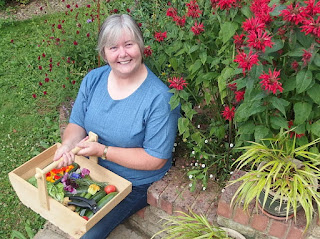 Photo of Michelle Chapman - Veg Plotting's author and freelance writer, blogger and social media provision