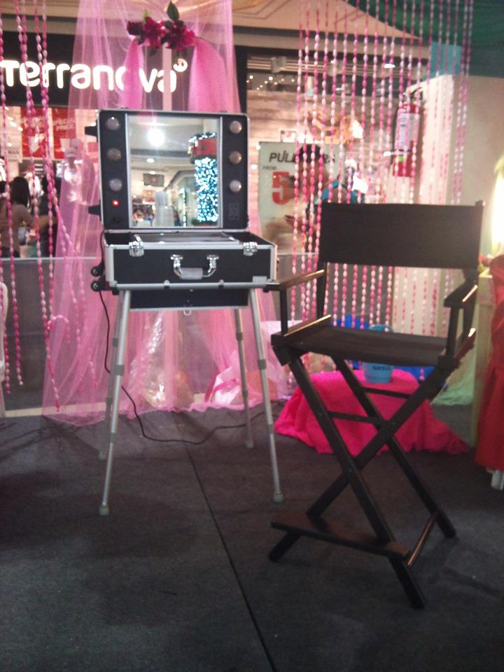 ... : For Sale!!! Brand New Portable makeup studio and Makeup Chair