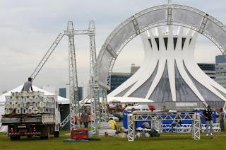 Reveillon 2012 na Esplanada dos Ministérios em Brasília terá muitos shows e queima de fogos