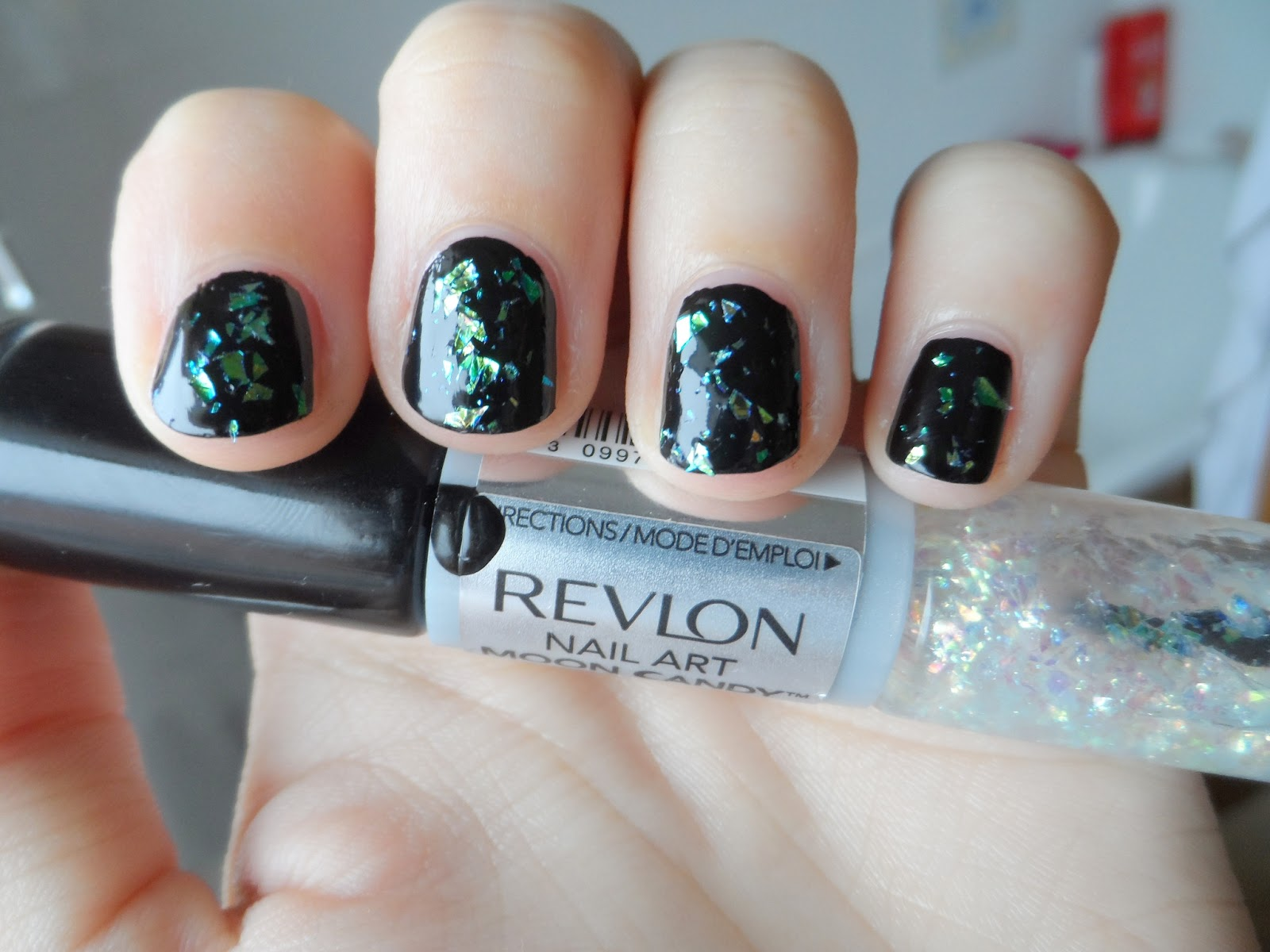 Review: Revlon Nail Art Moon Candy in Moon Dust   simplyjustnatalie